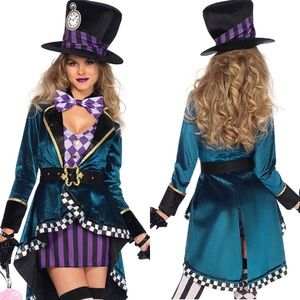 ✨Woman's 5 piece mad hatter 🎃 Halloween set *NWT*